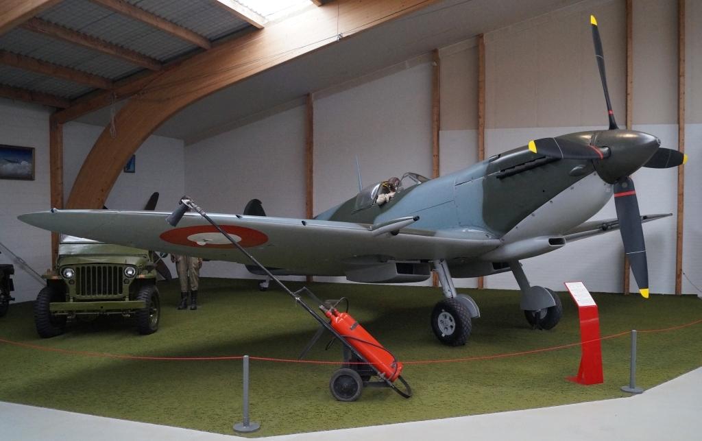 Supermarine Spitfire MK.IX E